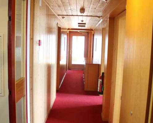 Gang im Hüttenberg Lodge