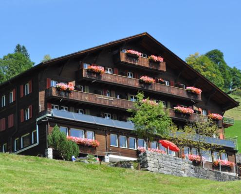 Hüttenberg Lodge Aussenansicht Sommer